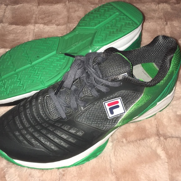 FILA GREEN BLACK WHITE LIKE NEW